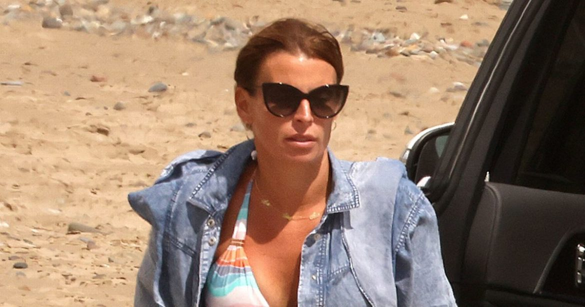 'Decided' Coleen Rooney continues vacation together with her boys amid Wayne drama