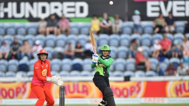 The Hundred: Smriti Mandhana secures victory for Southern Courageous