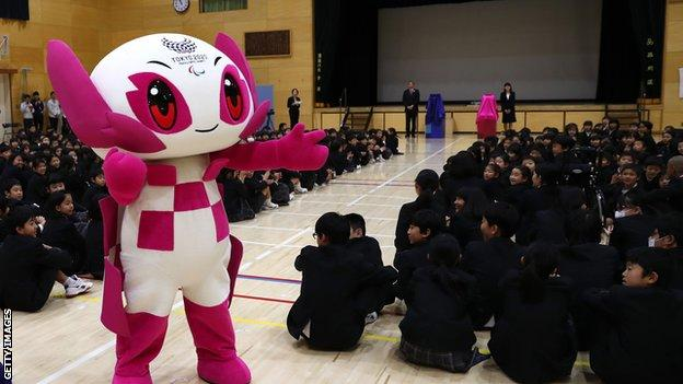The Paralympic mascot Someity at a school in 2019