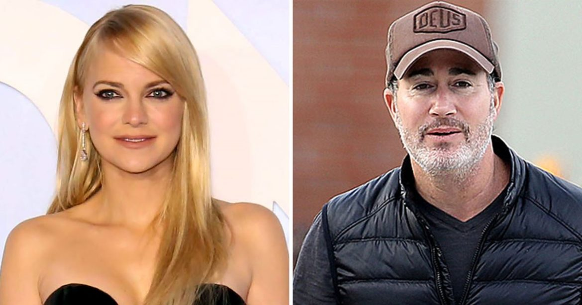 Anna Faris Defined Her Cause for Eloping With Husband Michael Barrett