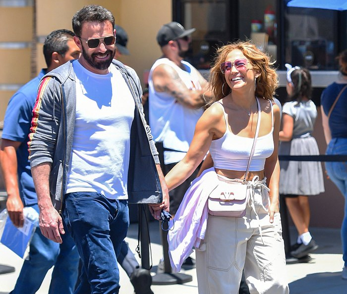 Jennifer Lopez and Ben Affleck Are Seriously Considering Eloping 2