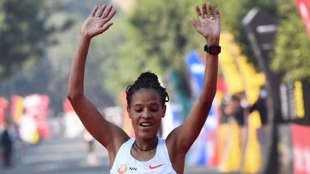 Antrim Coast Half Marathon: Ethiopian Yalemzerf Yehualaw smashes ladies's world file