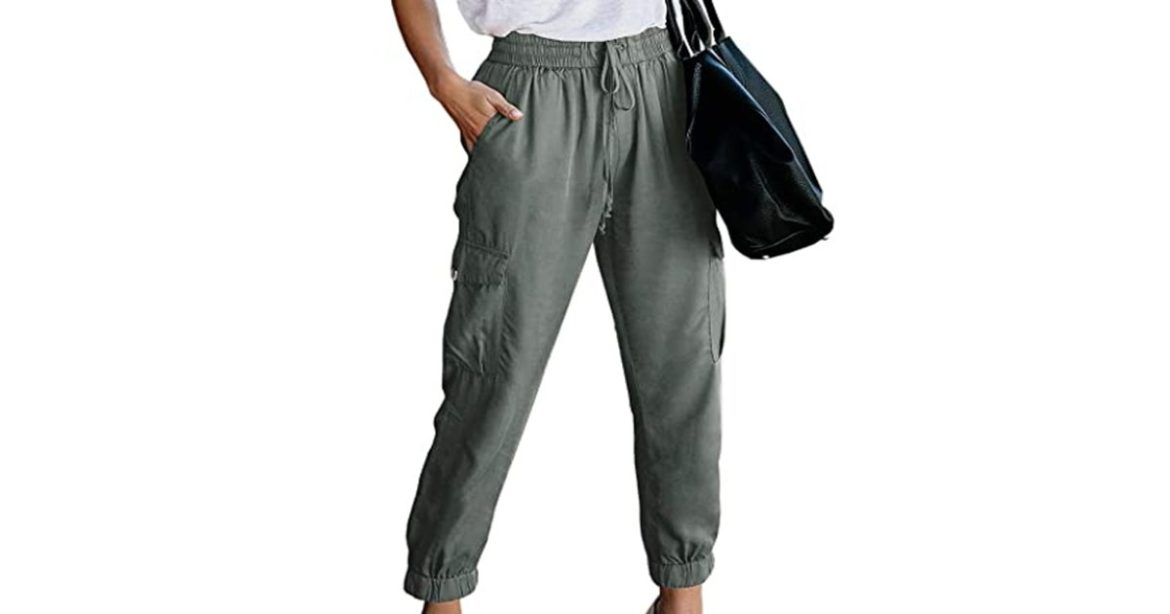 These Cropped Cargo Pants Are the Comfiest Option to Look Stylish This Fall